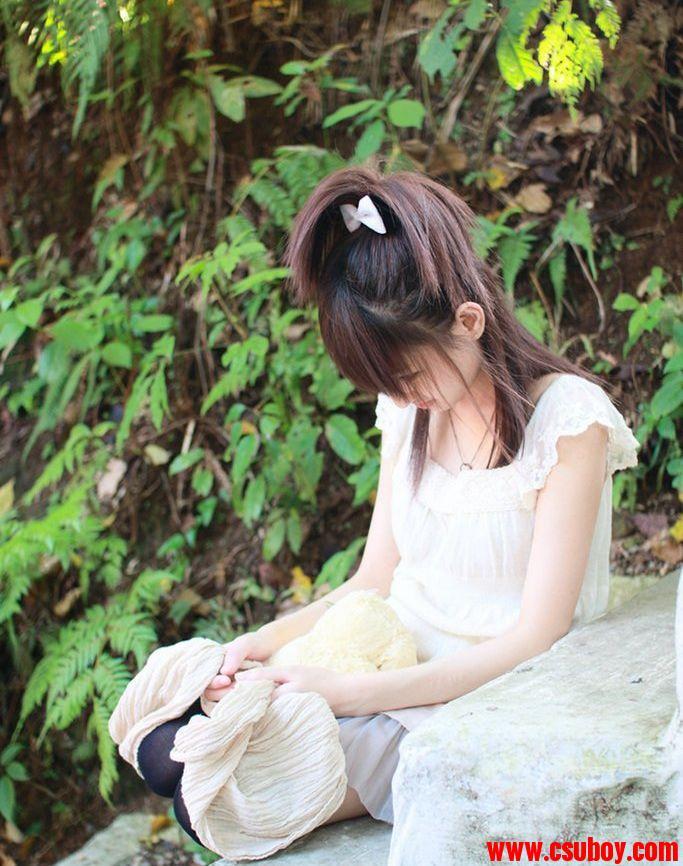 国产美腿清纯可爱小女生][21p]